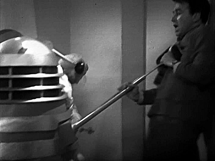 Doctor Who - S01E02 (002) - The Daleks (3) - The Escape.avi_000