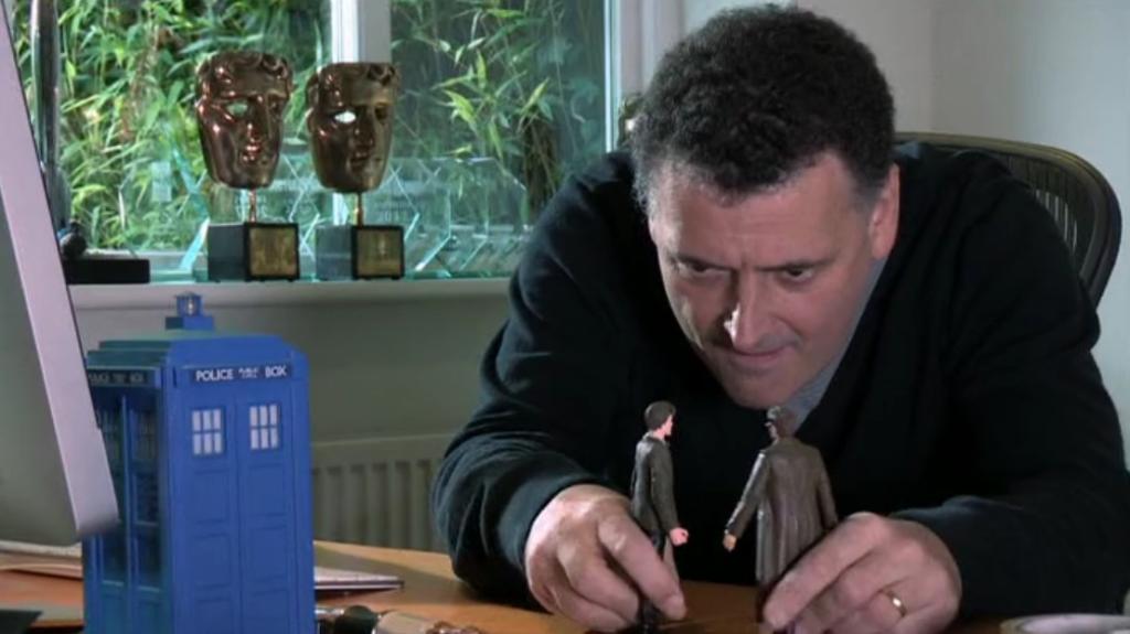 """Steven Moffat, kadr z """"The Five(ish) Doctors"""""""