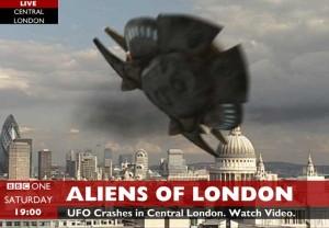 aliens-of-london-2015-04-16-1