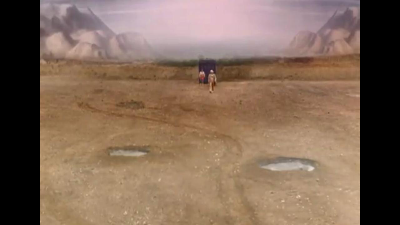 Piąty Doktor i Peri przybywają na planetę Androzani Minor