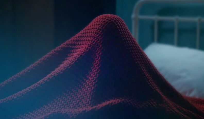 Kadr z odcinka Listen: potwór spod łóżka