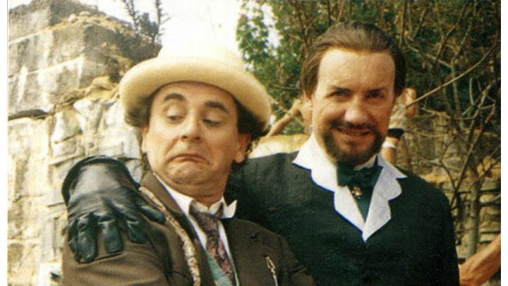 Od lewej: Siódmy Doktor, Mistrz (Ainley)