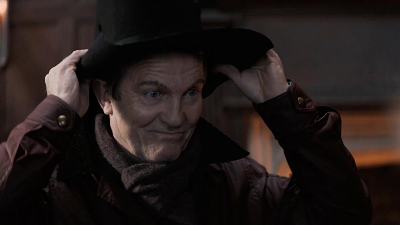 Bradley Walsh jako Graham O'Brien.