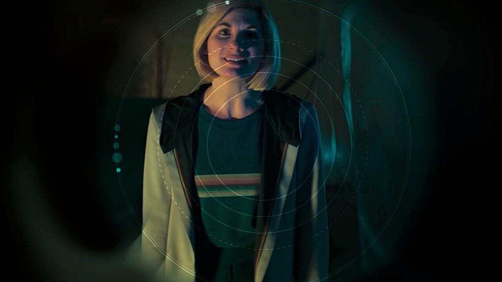 """Trzynasta Doktor na celowniku Daleka. Kadr z odcinka specjalnego """"Resolution"""" po 11 serii."""