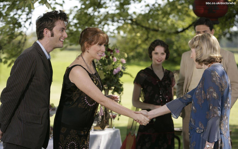 Dziesiąty (David Tennant) i Donna Noble (Catherine Tate) poznają Agathę Christie.