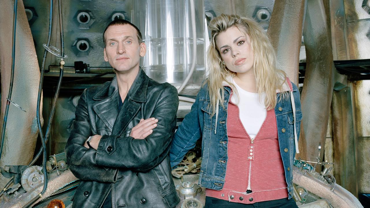 Dziewiąty Doktor (Christopher Eccleston) i Rose Tyler (Billie Piper).