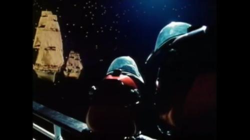 Tegan i Marriner obserwują statki