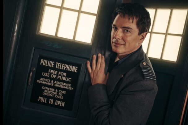 Revolution of the Daleks Jack i TARDIS